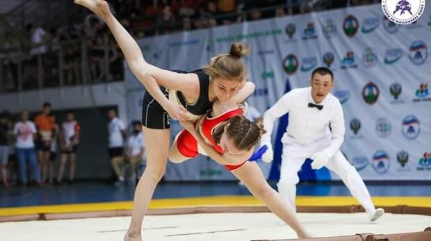 Ялтинские спортсмены заняли призовые места на первенстве России по сумо