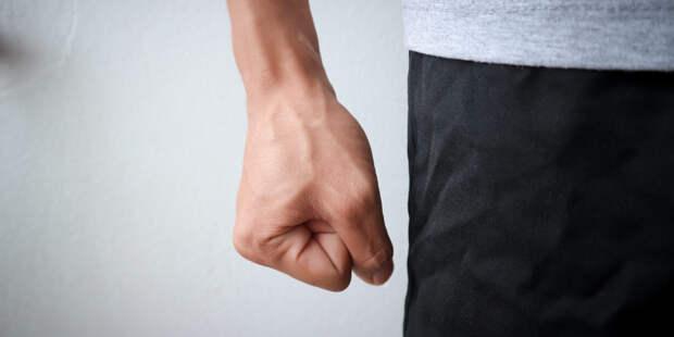 Американские медики выявили связь между COVID-19 и возникновением агрессии у подростков