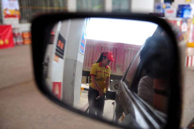 В ФАС ожидают снижения розничных цен на бензин