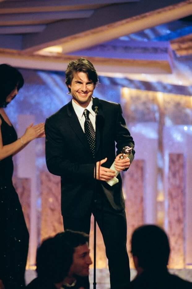 """Скандал вокруг премии """"Золотой глобус"""": Том Круз вернул свои награды, а Скарлетт Йоханссон объявила бойкот"""