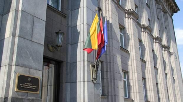 Глава МИД Литвы Ландсбергис призвал ввести санкции для авиакомпаний, летающих в Минск