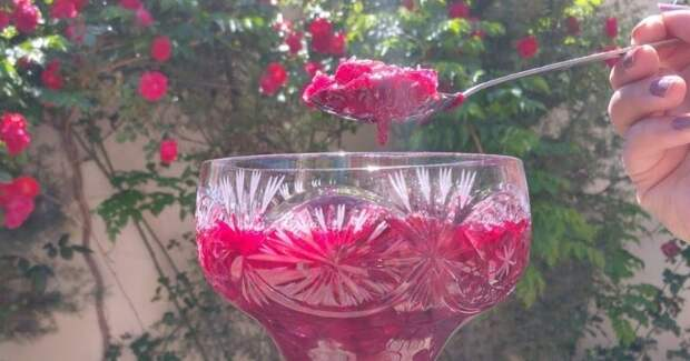 Необычное варенье из роз: секрет приготовления красивого и вкусного варенья