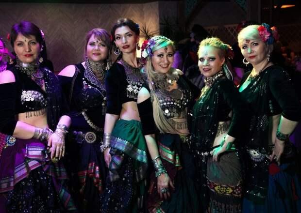 Танцевальный коллектив из Молжаниновского принял участие во всемирном флешмобе