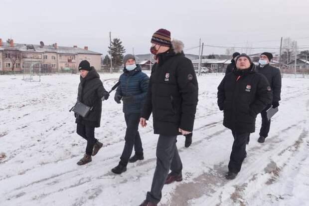 Михаил Дегтярев поблагодарил жителей поселка Эворон за активность