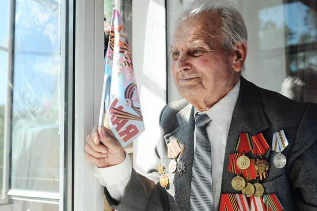 Ветераны получили ежегодную выплату к 9 мая