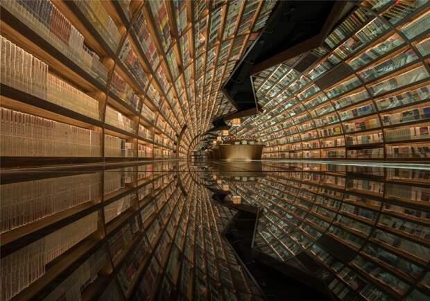 В Китае появилась футуристическая библиотека, которая завлечёт всех книголюбов