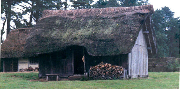 Саксонский дом в Англии.