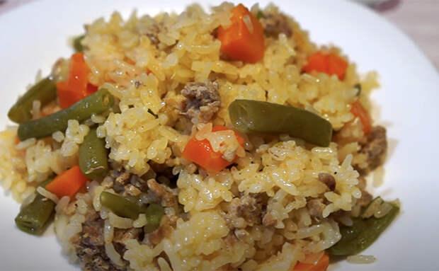 Рассыпчатый рис на гарнир впрок. Готовим с овощами сразу на несколько дней
