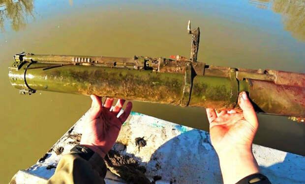 Гранатомет из болота: поисковый магнит зацепил оружие