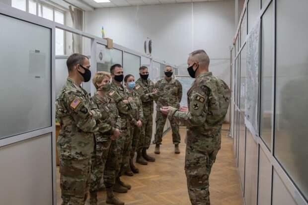 «Повылазили фашисты!» — в Донбасс прибыли американские военные