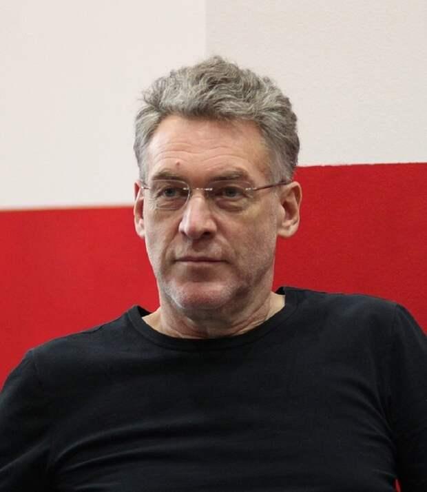 Музыкальный критик Артемий Троицкий заявил, что сейчас у Аллы пугачевой нет никаких амбиций