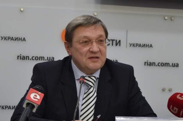 Экс-министр экономики: Украиной управляет Запад, а инструментом является западное финансирование