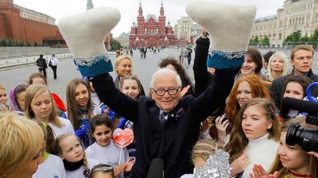 Пьер Карден: как кутюрье полюбил советскую Россию и получил орден от Путина