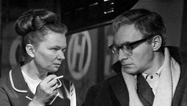 Что и как курили в советское время – о чем могла рассказать пачка сигарет в кармане