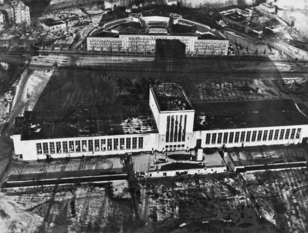 858 Послевоенный Берлин с высоты птичьего полета
