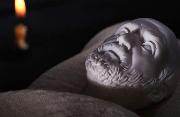 Маска Гиппократа: реально ли предсказать смерть человека по чертам лица itemprop=
