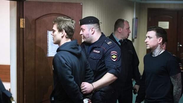 Приговор Кокорину и Мамаеву дал сигнал и элитам, и российскому правосудию