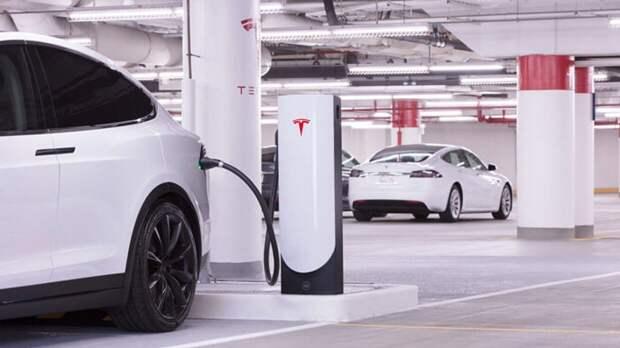Спрос на электромобили Tesla вырос в 2021 году