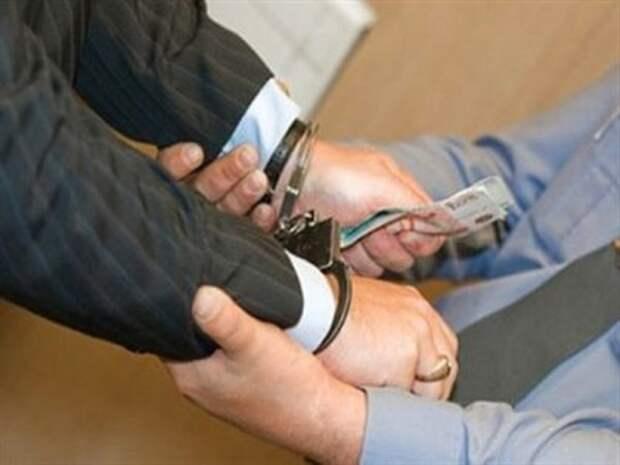 Задержанный чиновник Севастополя готов сотрудничать со следствием