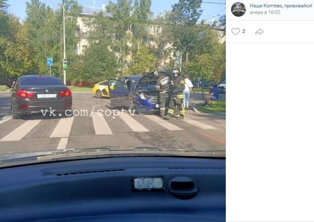 На Коптевской произошло ДТП с участием такси