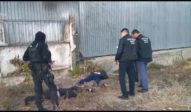 ВОрске полицейские грабили, избивали ипытали мужчину