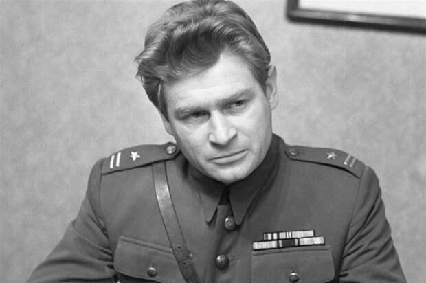 Ставка больше, чем жизнь? Как прожил жизнь капитан Клосс, актер Станислав Микульский
