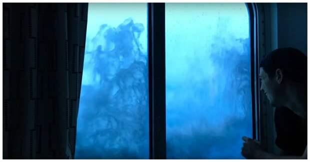 Пассажиры круизного лайнера сняли удары 9-метровых волн во время сильнейшего шторма видео, пассажиры, шторм