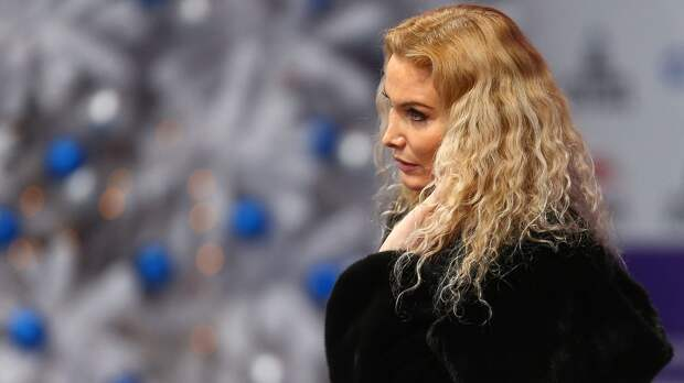 Олимпийская чемпионка Баюл упрекнула хореографа группы Тутберидзе Железнякова: «Смеешься над фигуристами…»