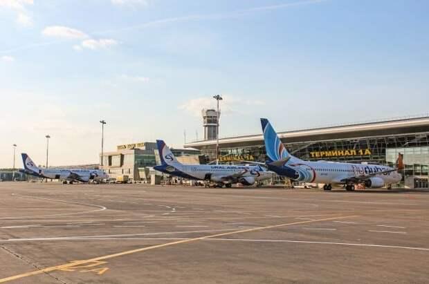 В Казани экстренно сел самолет из-за резкого ухудшения состояния пассажира