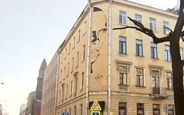 ВПетербурге власти готовы сохранить нелегальное граффити сХармсом