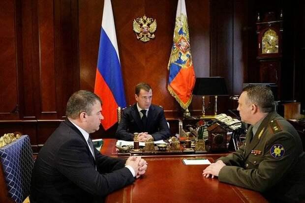 Проект «ЗЗ». Запад верит: в Кремле обитает помещик
