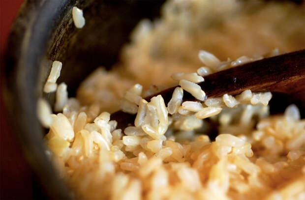 Варим рассыпчатый рис: больше не слипается
