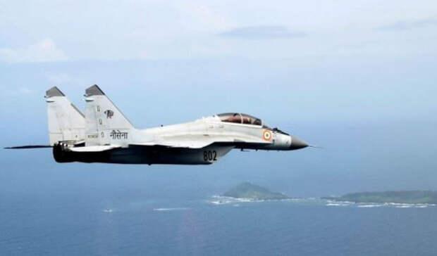 Американский эксперт сравнил российский истребитель Миг-29 с F/A-18 ВМС США