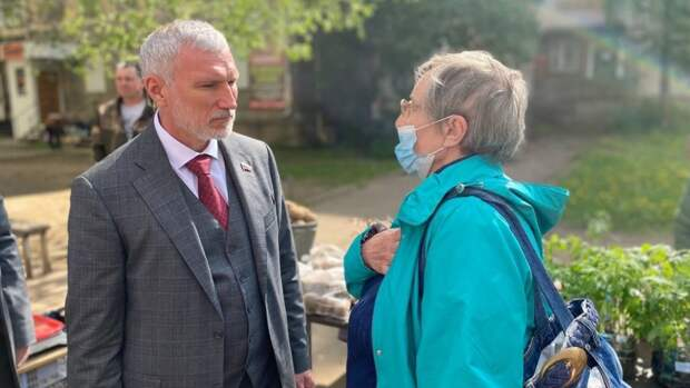 Алексей Журавлев выступил за право жителей Псковской области на чистую воду и воздух