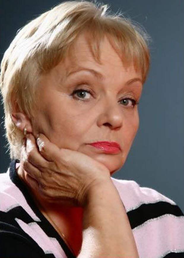 Как поменялась невеста из Малиновки, актриса Валентина Николаенко, с течением времени.