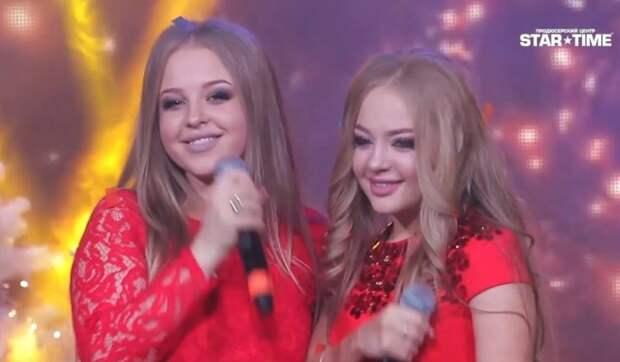 Две сестры одесситки восхитили зал спев легендарную песню на шоу талантов
