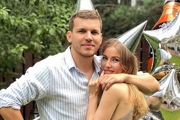 Экс-невестка Светланы Бондарчук тайно вышла замуж