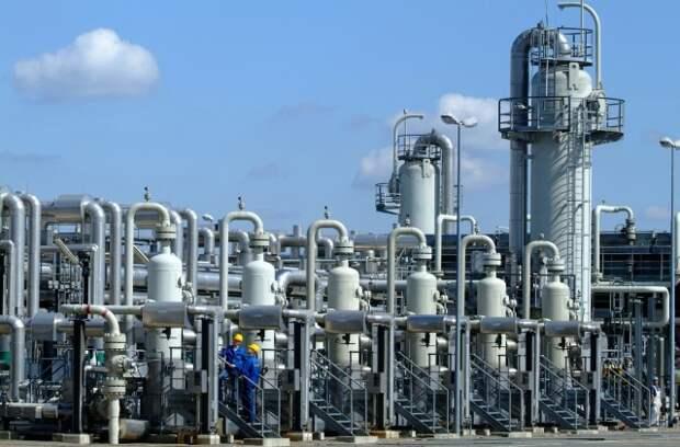 """""""Газпром"""" наконец начал активно заполнять европейские ПХГ"""