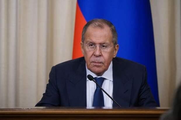 Лавров прокомментировал предложение Запада отключить Россию от SWIFT