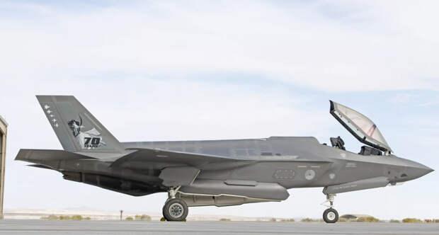 Голландские F-35A оказались уязвимыми к удару молнии