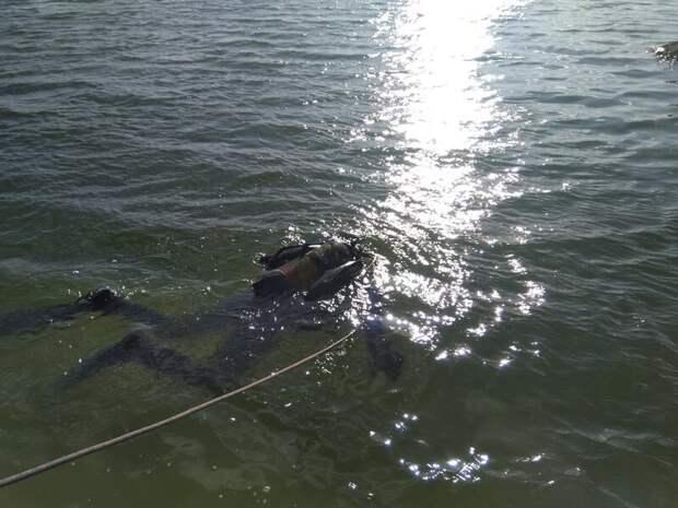 Из озера Арахлей подняли тело мужчины