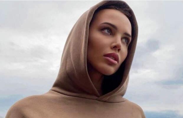 Модель Анастасия Решетова призналась, что состоит в новых отношениях