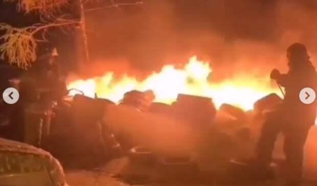 «Она была очень рядом согнём»: крупный пожар случился ночью воВладивостоке