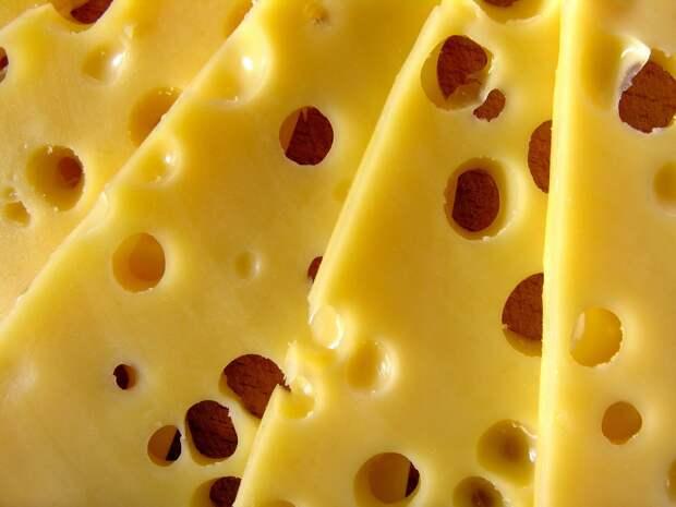 Увинский производитель может остаться без «Голландского» сыра из-за найденных в нем растительных жиров