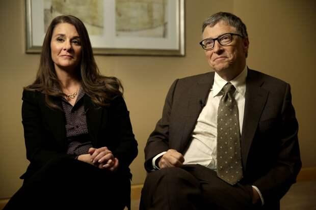 Билл Гейтс во главе строителей безналичного рая