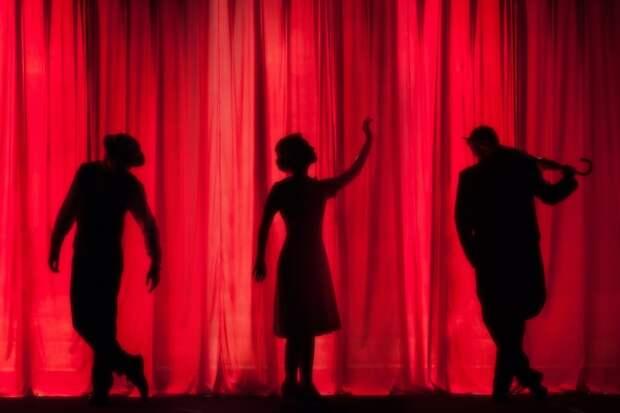 Театральная студия на Синявинской возобновит занятия в сентябре