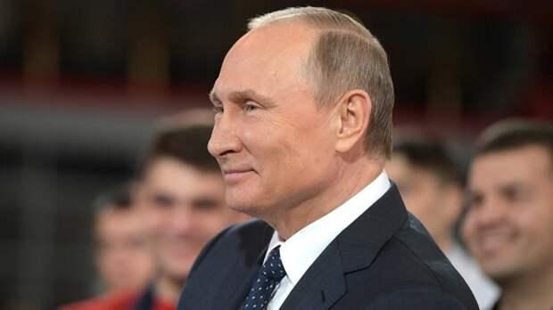 Работу Путина одобряют 86% россиян