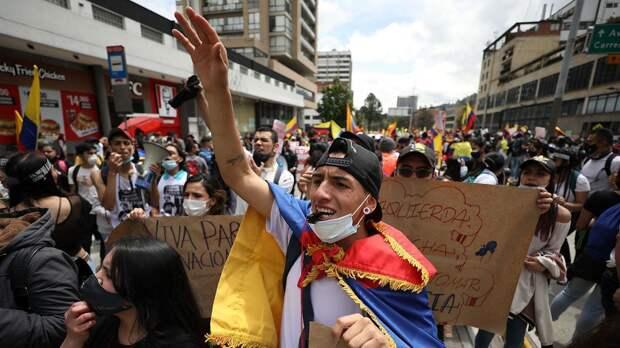 Неделя беспорядков в Колумбии: жертвы, хакерские атаки — и все из-за реформ