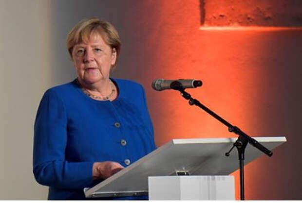 Меркель обвинила Белоруссию в «гибридных атаках»
