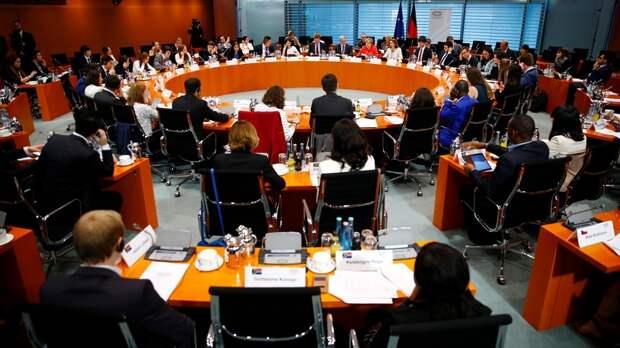 Focus: немецкий полицейский отчитал политиков за «бессмысленный» саммит G20